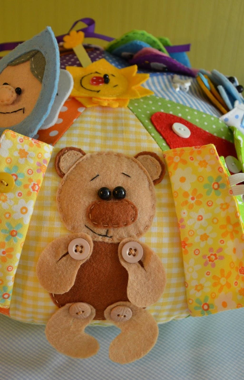 Развивающая подушка-игрушка своими руками